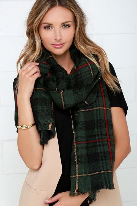 lulu's plaid a good time green scarf