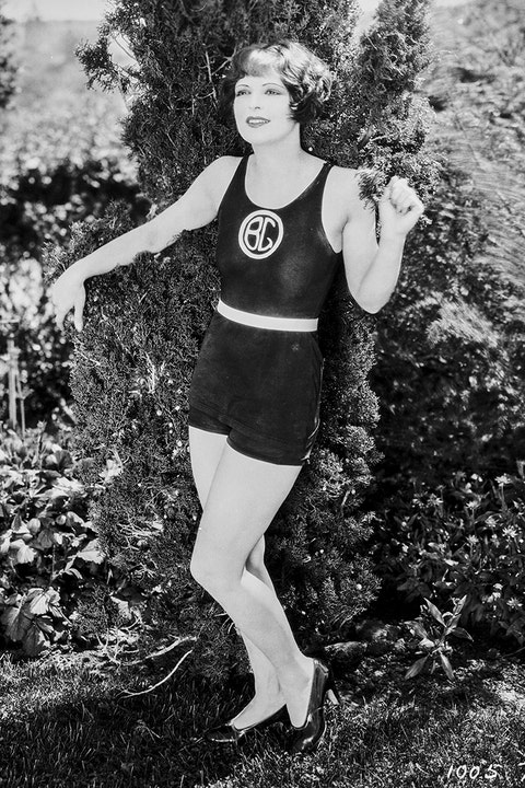 Style Icon: Clara Bow in the1920s
