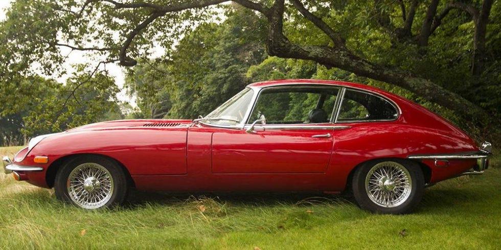 red jaguar e-type