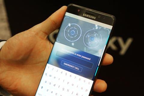 Samsung Galaxy Note7 Iris Scanner
