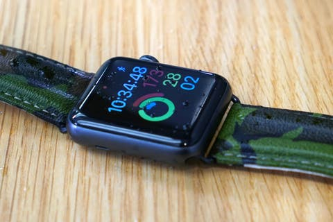 Apple Watch Series 2 water