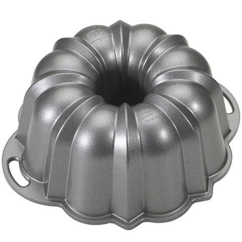 Nordic Ware Platinum Collection Bundt Pan