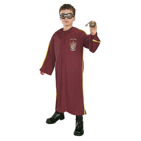 Clothing, Maroon, Costume, Sleeve, T-shirt, Outerwear, Fictional character,