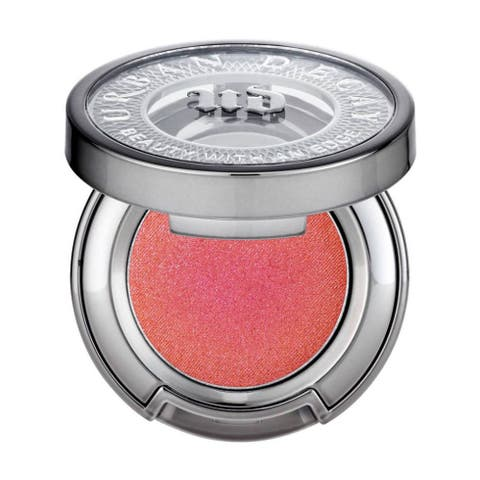 Eye shadow, Eye, Product, Beauty, Organ, Material property, Cosmetics, Metal,