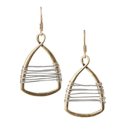 Earrings, Jewellery, Fashion accessory, Body jewelry, Metal,