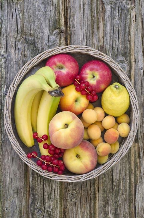 la frutta contiene proteine