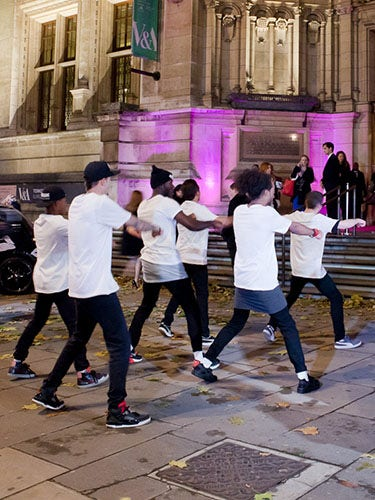 <p>Breakdancing at the entrance to one of Britain's grandest museums and the home to the Cosmo Ultimate Women Awards, the V&A? Casual</p>