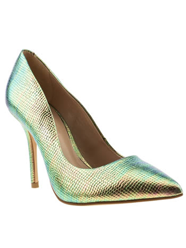 """<p>""""These shiny shoesies are sooo pretty - and on point (literally) for spring's metallics trend, too!"""" - Natalie Wall, Online Fashion Editor</p> <p>Metallic mock snakeskin courts, £65, <a href=""""http://www.schuh.co.uk/womens-multi-schuh-carnival/1144109920/"""" target=""""_blank"""">schuh.co.uk</a></p> <p><a href=""""http://www.cosmopolitan.co.uk/fashion/shopping/handbags-spring-fashion-high-street"""" target=""""_blank"""">NEW SEASON ARM CANDY: 12 HOT HANDBAGS</a></p> <p><a href=""""http://www.cosmopolitan.co.uk/fashion/shopping/spring-fashion-trends-2014?page=1"""" target=""""_blank"""">7 BIG FASHION TRENDS FOR SPRING 2014</a></p> <p><a href=""""http://www.cosmopolitan.co.uk/archive/fashion/shopping/new-in-store/0/8"""" target=""""_blank"""">SHOP NEW IN STORE NOW</a></p>"""