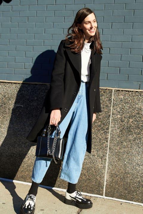 Clothing, Textile, Collar, Coat, Outerwear, Bag, Style, Street fashion, Blazer, Electric blue,