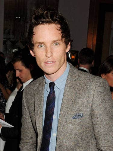 Les Mis hotte, part demux! Eddie plays Marius and we can't wait to watch act alongside Amanda Seyfried who plays Cosette. Also, did you see his cheekbones? That face is a stunner.