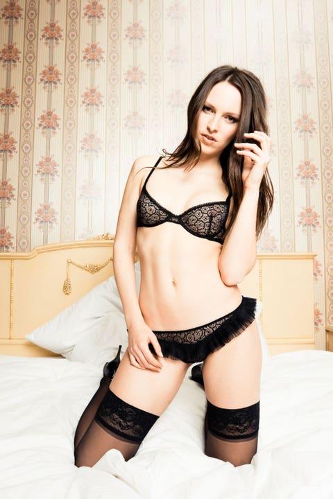 """Lady in the street, freak in the bedroom."" —@MrBanksOmishore"