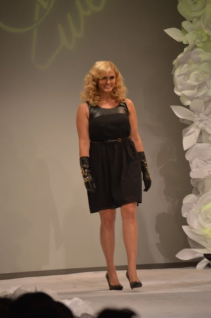Human body, Dress, Style, Waist, Fashion, Fashion model, Knee, Thigh, Day dress, One-piece garment,