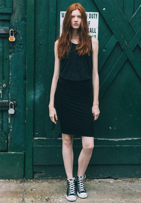 Clothing, Green, Sleeve, Shoulder, Dress, Joint, Human leg, Style, Waist, Fashion model,