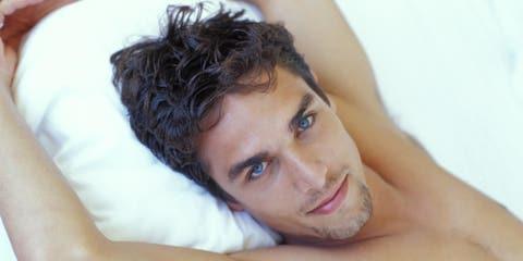 Lip, Cheek, Hairstyle, Skin, Chin, Forehead, Shoulder, Eyebrow, Joint, Comfort,