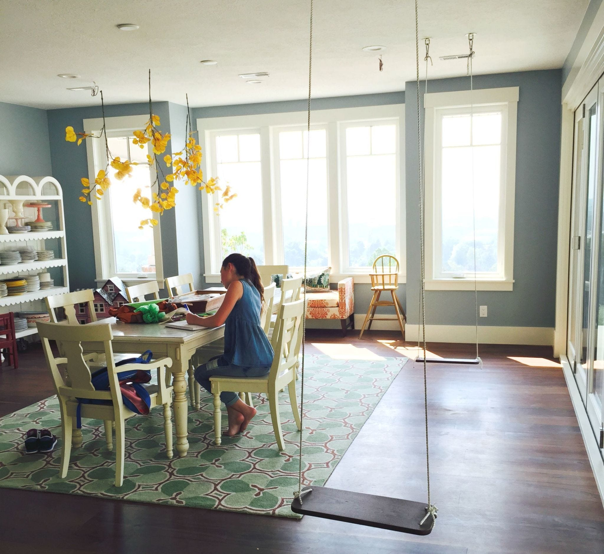 Interior design, Room, Floor, Flooring, Furniture, Ceiling, Chair, Table, Interior design, Fixture,