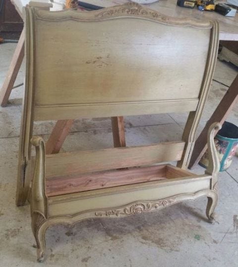 Wood, Paint, Hardwood, Plywood, Antique, Wood stain, Classic,