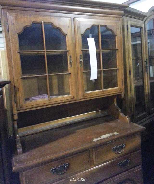 Wood, Drawer, Hardwood, Wood stain, Chest of drawers, Glass, Cabinetry, Dresser, Material property, Hutch,