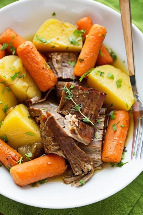 Carrot, Food, Root vegetable, Produce, Baby carrot, Vegetable, Ingredient, Meal, Meat, Tableware,