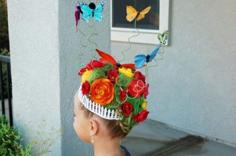 Headpiece, Hair accessory, Headgear, Fashion accessory, Plant, Flower, Textile, Cut flowers, Art, Costume,
