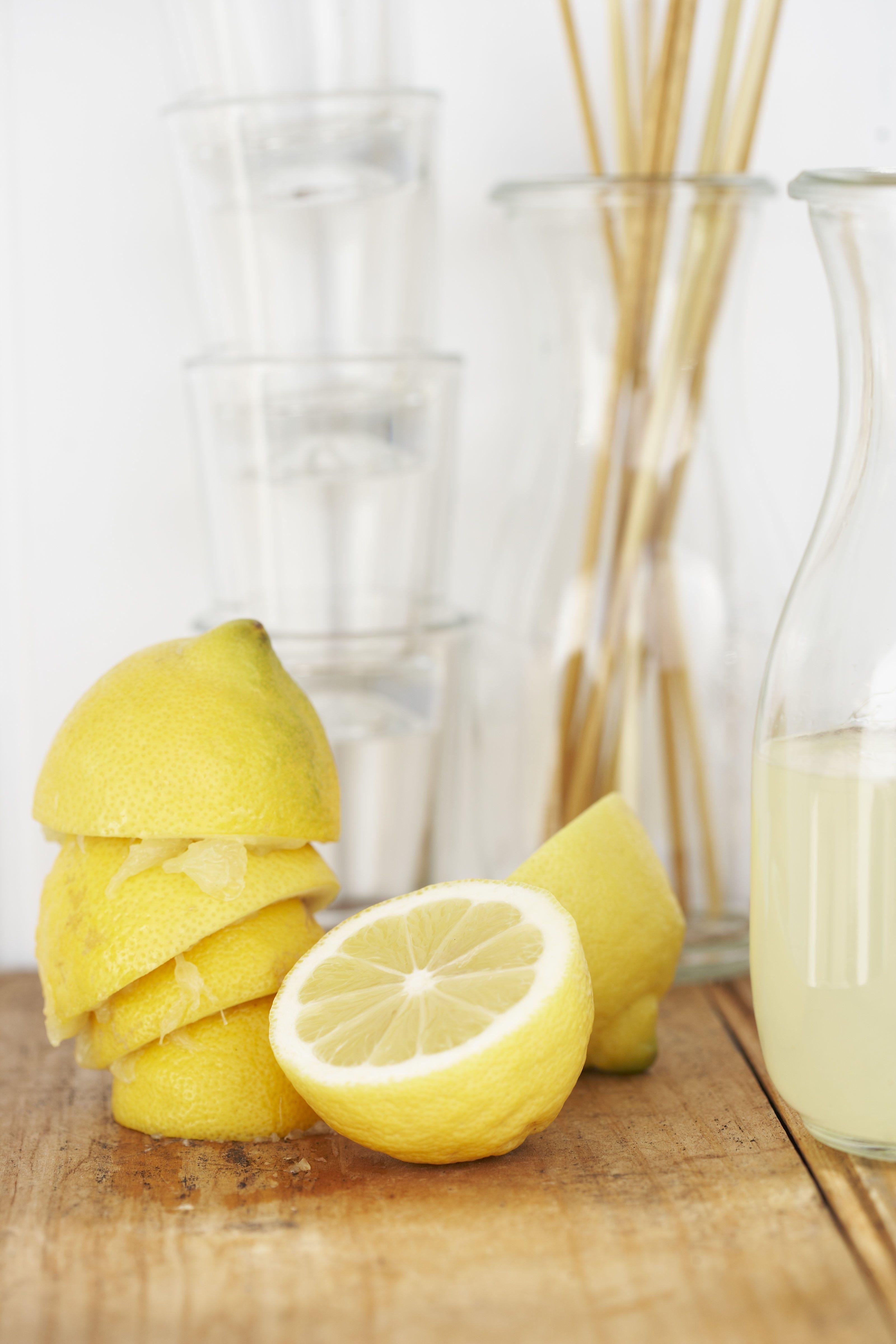 Lemon, Food, Meyer lemon, Yellow, Lemonade, Citrus, Drink, Ingredient, Juice, Lime,