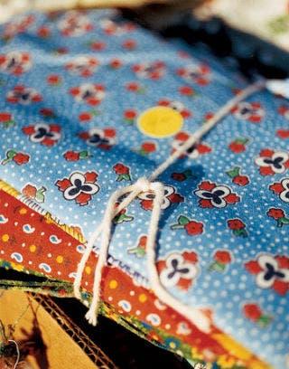 Ditzy-Print-Cottons-SHOP0906