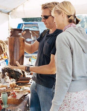 Carved-Walnut-Vase-SHOP0906