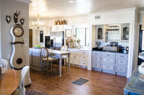 Wood, Room, Floor, Interior design, Flooring, Property, Drawer, Home, White, Hardwood,