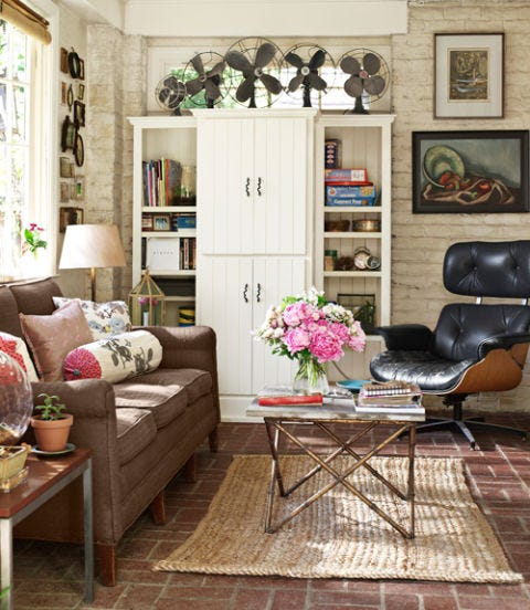 Living room, Room, Furniture, Interior design, Property, Floor, Home, Coffee table, Shelf, Table,