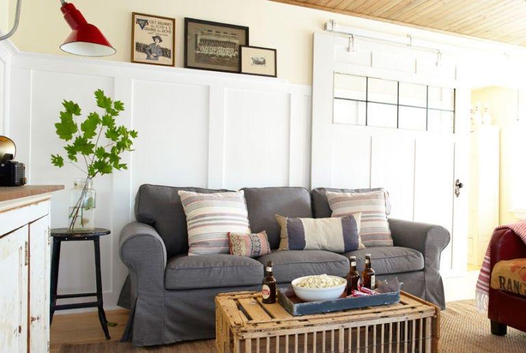 building-character-living-room-0513-lgn.jpg