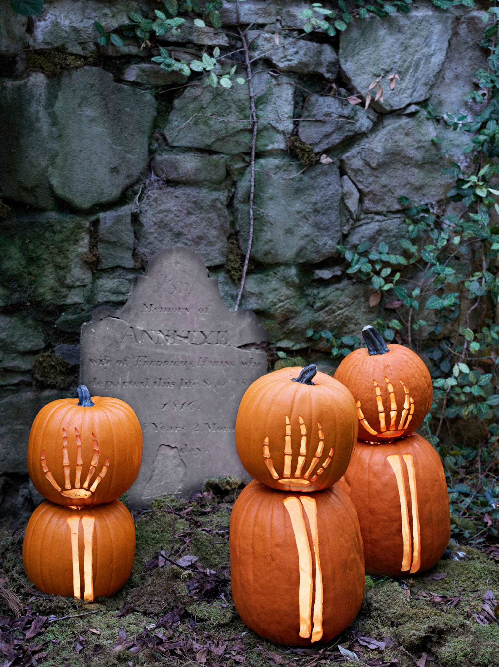 pumpkinideas-skeletonarms