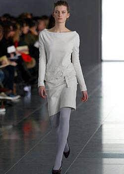 Sophia Kokosalaki Fall 2003 Ready-to-Wear Collections 0001