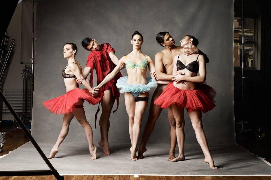 Performing arts, Entertainment, Dancer, Fashion, Dance, Performance art, Costume design, Choreography, Door, Ballet tutu,