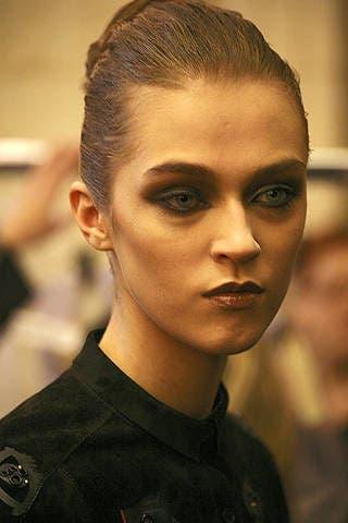Head, Ear, Lip, Hairstyle, Chin, Forehead, Eyebrow, Eyelash, Style, Fashion,