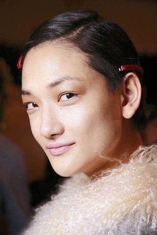 Ear, Nose, Lip, Hairstyle, Skin, Chin, Forehead, Eyebrow, Textile, Eyelash,