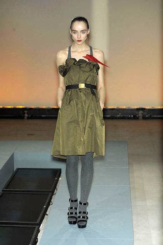 Clothing, Human body, Shoulder, Textile, Joint, Dress, Floor, Fashion model, Fashion, Knee,