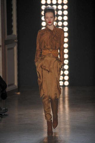 Brown, Fashion show, Shoulder, Runway, Outerwear, Style, Door, Waist, Fashion model, Fashion,