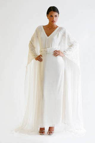 Sleeve, Shoulder, Textile, Standing, Joint, White, Formal wear, Gown, Fashion, Beige,