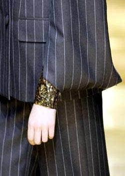 JeanLouis Scherrer Spring 2004 Haute Couture Detail 0001