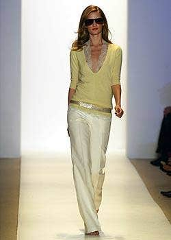 Monique Lhuillier Spring 2005 Ready-to-Wear Collections 0001