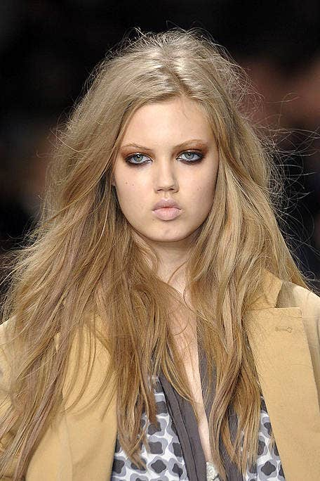 Lip, Mouth, Brown, Hairstyle, Skin, Eyebrow, Eyelash, Style, Fashion model, Beauty,