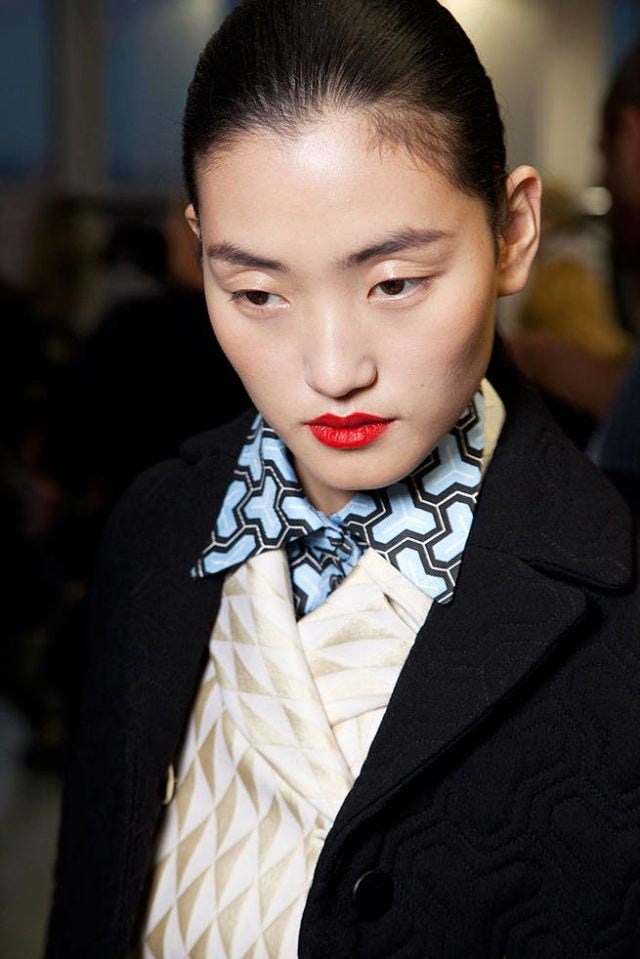 JONATHAN SAUNDERS FALL 2012 RTW BEAUTY 001