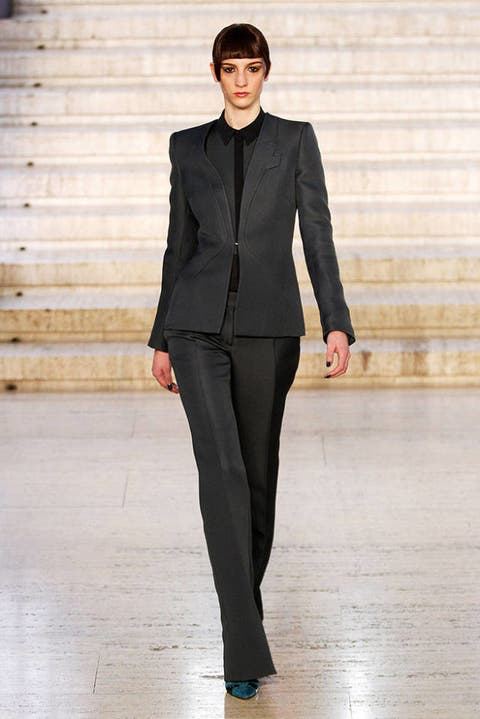 ANTONIO BERARDI FALL 2012 RTW PODIUM 003