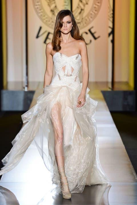 Versace Fall 2012 Haute Couture Photos