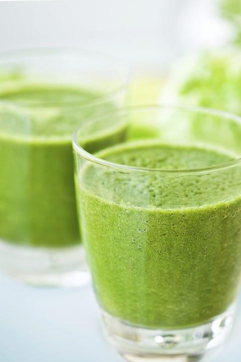 Green, Vegetable juice, Ingredient, Food, Juice, Health shake, Drink, Liquid, Aojiru, Tableware,