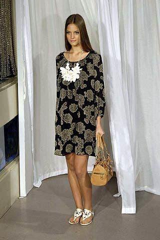 Shoulder, Interior design, Textile, White, Style, Dress, Curtain, Fashion, One-piece garment, Beauty,