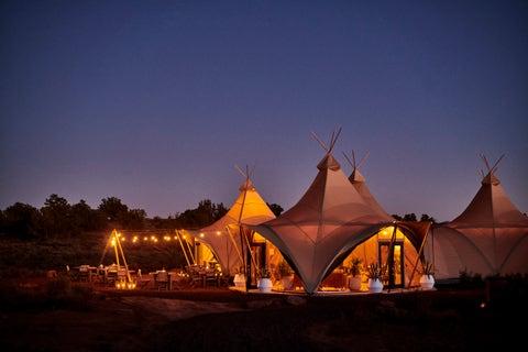 Tent, Sky, Night, Lighting, Evening, Landscape, Architecture, Cloud, Dusk, House,