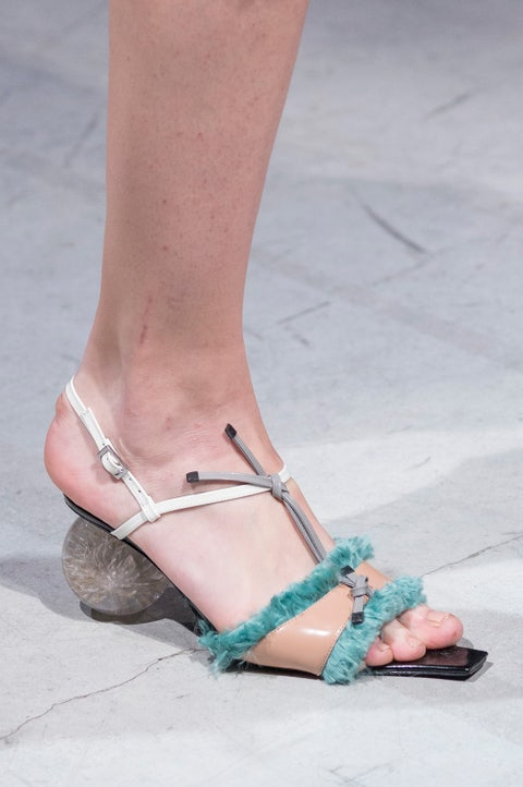 Footwear, Leg, Foot, Toe, Human leg, Sandal, Ankle, Shoe, Joint, Turquoise,