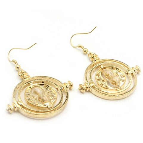 Earrings, Jewellery, Fashion accessory, Body jewelry, Gold, Circle, Metal,