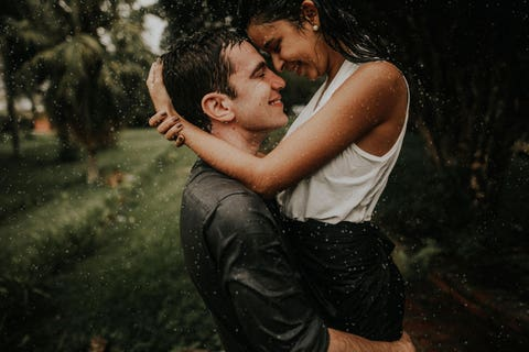 junebug-weddings-best-engagement-photos-2018