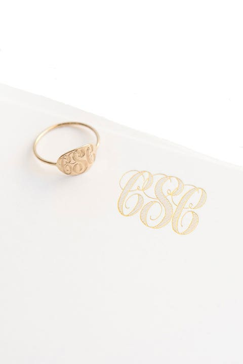 Fashion accessory, Jewellery, Ring, Metal, Silver, Circle, Gold, Beige, Finger, Brass,